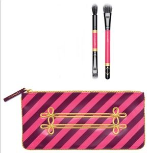 Mac exclusive nutcracker makeup bag and brushes